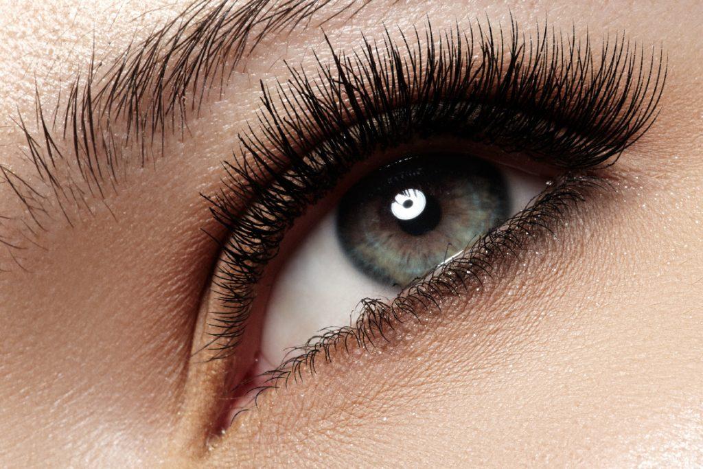 eyelash-care.jpg