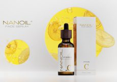 the best natural face serum with vitamin C from Nanoil